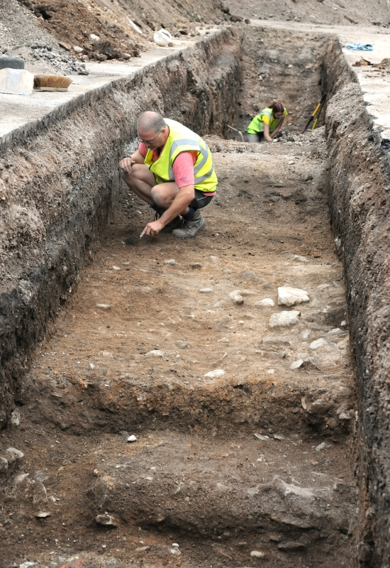 Checking the trenches (Credit - University of Leicester)