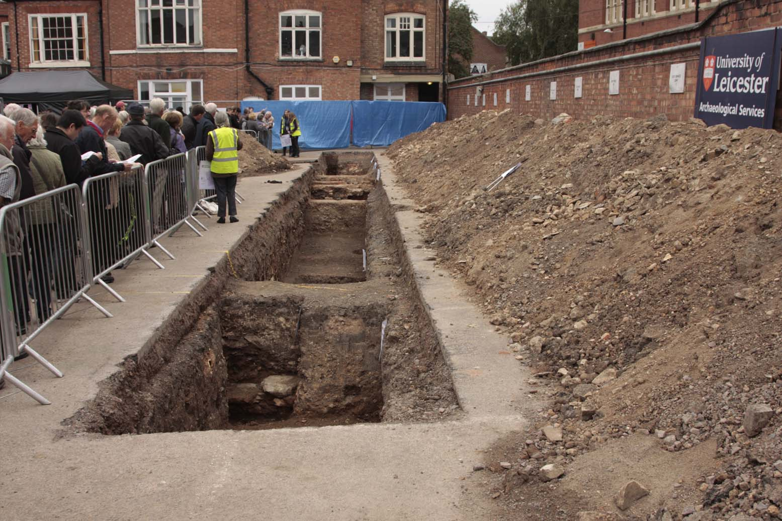 Trench1-1
